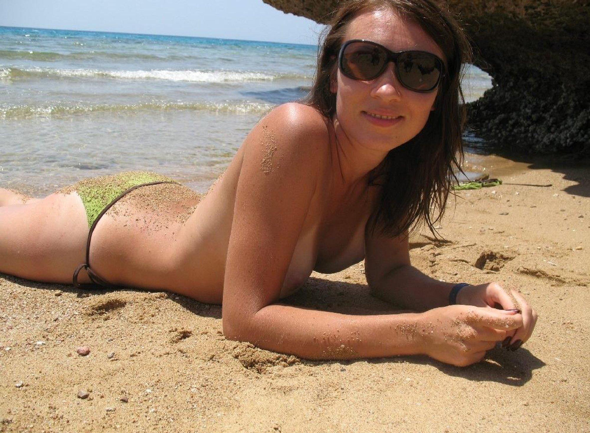 amateur topless beach milfs tumblr