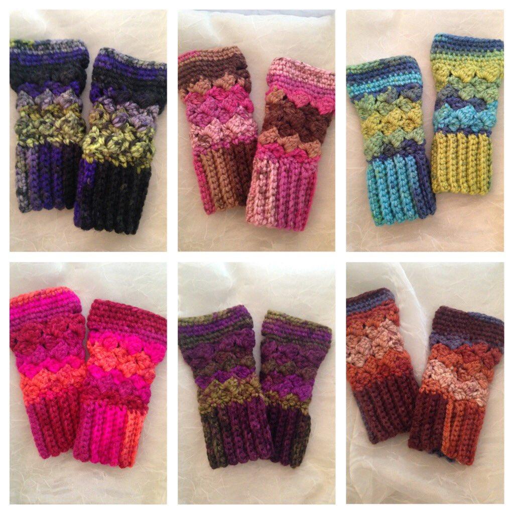 Fingerless gloves ready to ship in a variety of colors!  https://www. etsy.com/listing/515148 471/fingerless-gloves-texting-gloves-crochet?ref=shop_home_active_16 &nbsp; …  #etsyseller #etsymntt #epiconetsy #etsy #HolidayGiftGuide<br>http://pic.twitter.com/gj8L8DAR0j