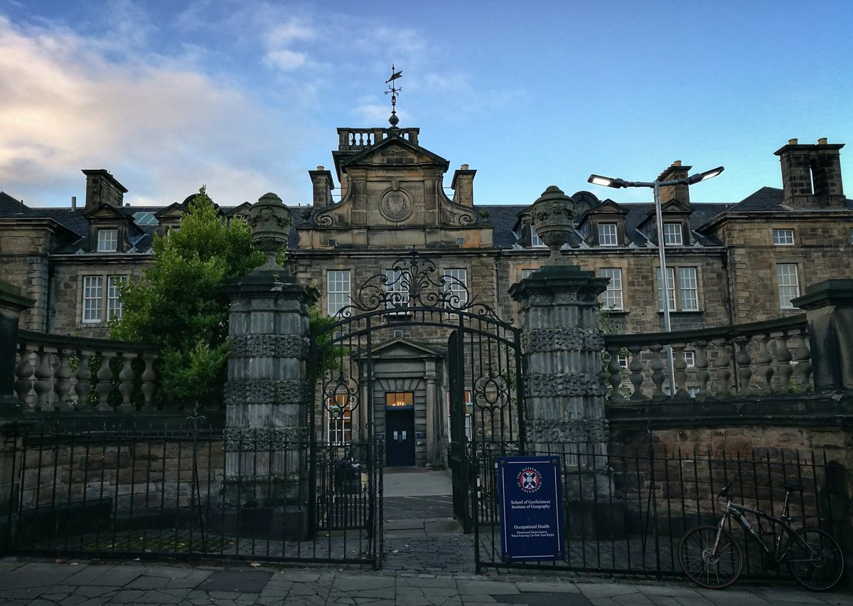 Looking forward to presenting on @CefasGovUK #EO work in this beautiful @EdinburghUni #Geosciences building today, as part of the EEO-@AGIScotland Seminar Series  http:// bit.ly/2hur6hM  &nbsp;  <br>http://pic.twitter.com/6zAQUS4xPT