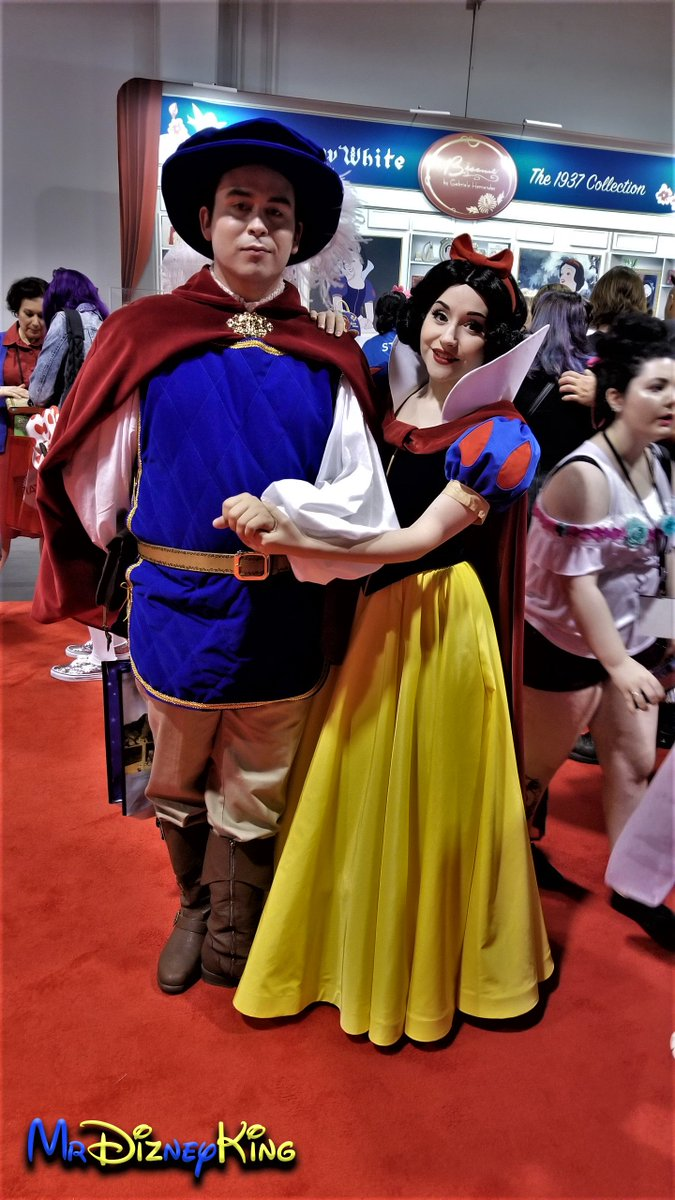 #DisneySide #Cosplay Series from #Disney&#39;s #D23Expo2017  Prince Charming and #SnowWhite from Disney&#39;s Snow White and the Seven Dwarfs at #D23 #D23Expo #DisneyCosplay<br>http://pic.twitter.com/FVPAHSrtFc