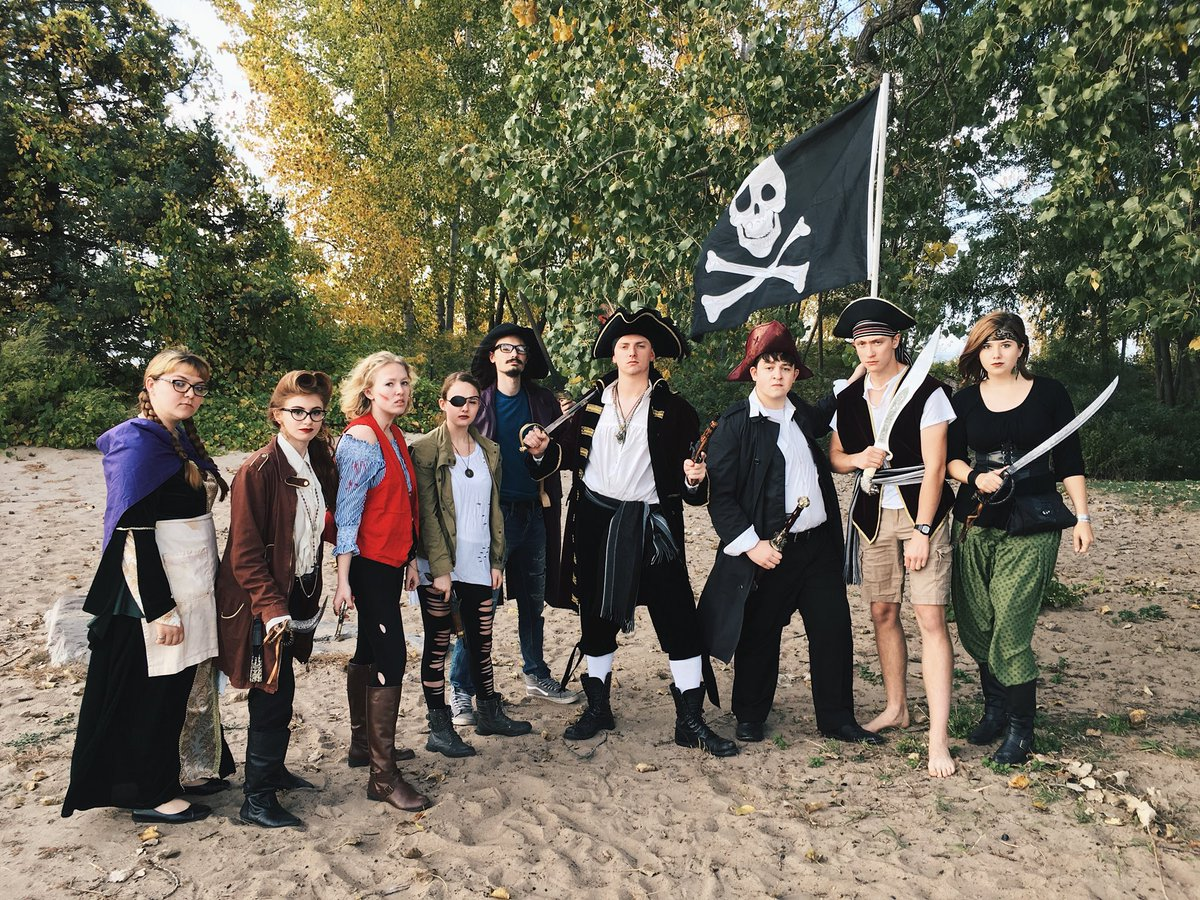 "A pirate's life for them!  ""Treasure Island"" is on stage at 7:30p tonight and 2p tomorrow @RobertsWesleyan:  https://www. roberts.edu/clc?id=3  &nbsp;   #ROC #theater <br>http://pic.twitter.com/8yuvadSwcd"
