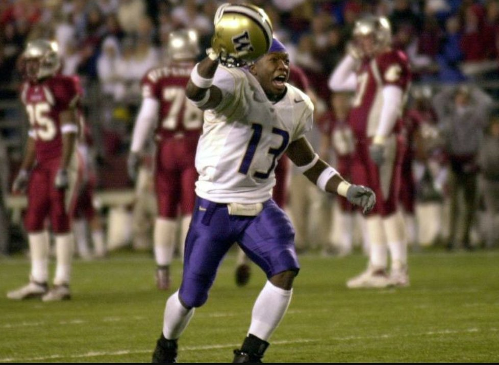 1,820 days...  #funfact the top 2 &quot;winningnest&quot; cuog QB&#39;s in their under .500 history (@jasongesser &amp; Falk) are/were a combined 0-6 w/ 1 DNP&amp;1DNF against #UW<br>http://pic.twitter.com/EkCvqjdTOP