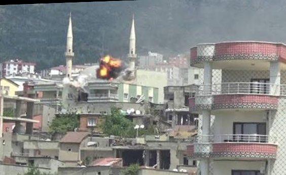 RT @ayhanbilgen: Şırnak'a dair ifadeleri bu fotoğrafla değerlendirin. .Taktir ehli vicdanın! https://t.co/Di8mHvCmRt
