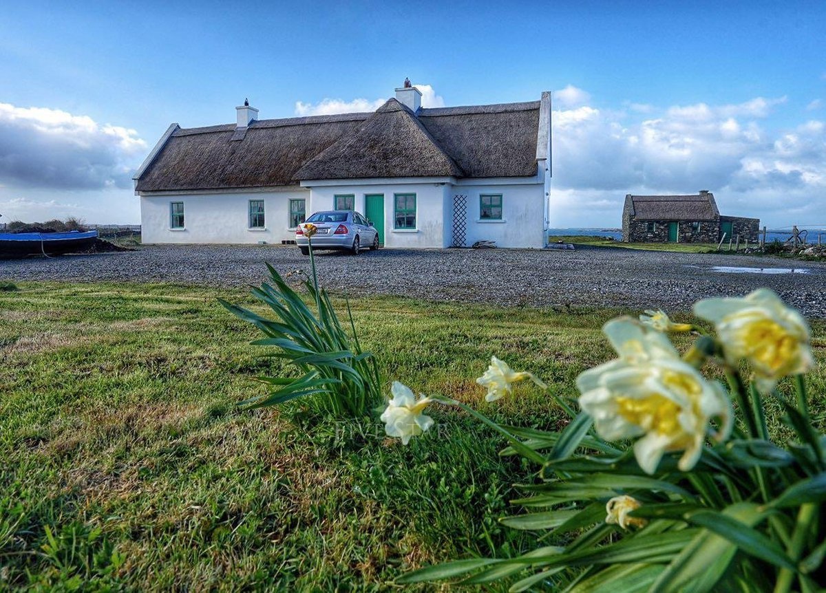 See #Ireland 's Top 10 Xmas Holiday Rentals: https://t.co/tsUf3wfqEg https://t.co/ghYf3m35if