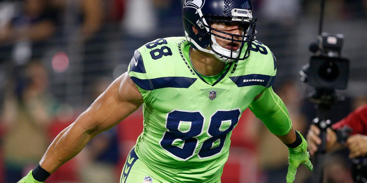 Don't look now.  But @TheJimmyGraham is scoring touchdowns at will again: https://t.co/c2k4HVtBux https://t.co/dLTUAw1i14
