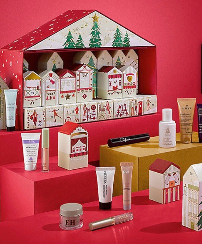 Follow us &amp; RT to enter our #Competition #win this FABULOUS beauty advent @marksandspencer worth £250! #giveaway #FreebieFriday<br>http://pic.twitter.com/Ej4deZY6fH