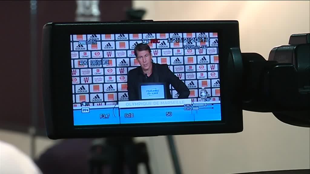 L'entraineur de #OM Rudi Garcia revient sur le coup de pied de #evra à un supporter https://t.co/ensPzgG4gK
