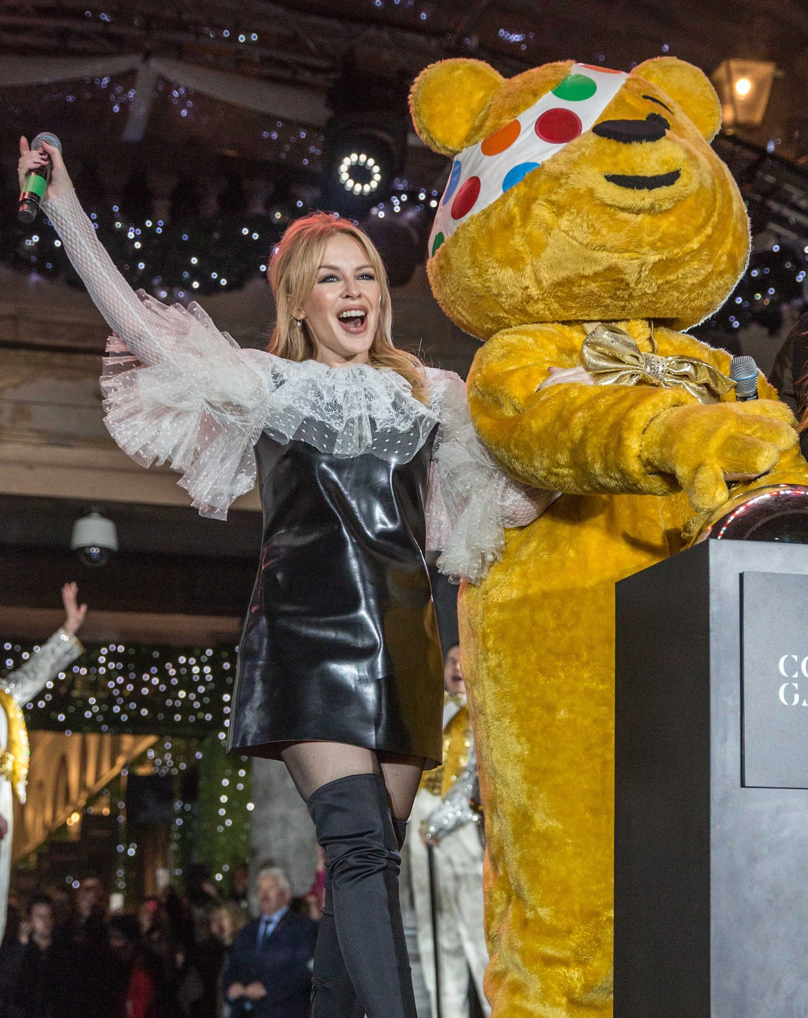 Love you #Pudsey. All the best to @bbccin tonight💛💛💛 #childreninneed https://t.co/WkfdpPhS9K