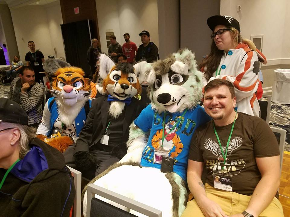 Photo I found of me, doubleofoxx, and KawaiiMoshPit who were bought at the charity auction at PAWCon 2017  #fursuit #fursuiting #furries #furry #fursuiters #FursuitFriday #fursona #fursonas<br>http://pic.twitter.com/MlPbMOE7Vp