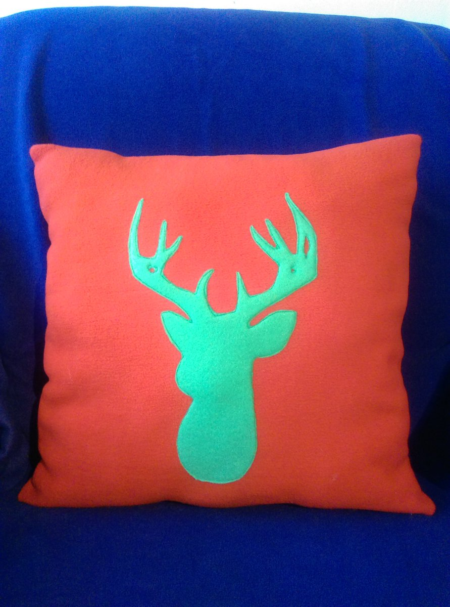 Lovely stag cushion. Handmade by us here at Amelia&#39;s Grotto. #stag #cushion #red #green #handmade #ameliasgrotto1<br>http://pic.twitter.com/RcsyPZlINk