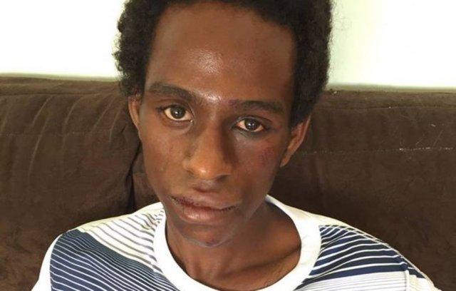 Ator negro é espancando em terminal de ônibus; seguranças negaram ajuda pois julgaram que ele seria criminoso https://t.co/ENm9eSZ94g