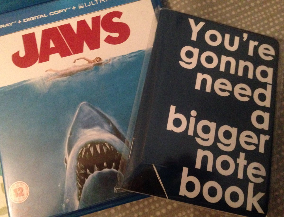 #Jaws-ome surprise from @mscholive, perfect for any discerning Chief Writer for @thedailyjaws. Wonder if @JAWSwriter has one?<br>http://pic.twitter.com/jEHtvhUXe6