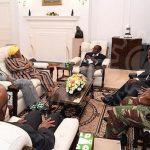 REPOST Zimbabwe's Mugabe meets South #African envoys at state house – state #newspaper https://t.co/sUdc5oQ55S https://t.co/frDaDSU0pf