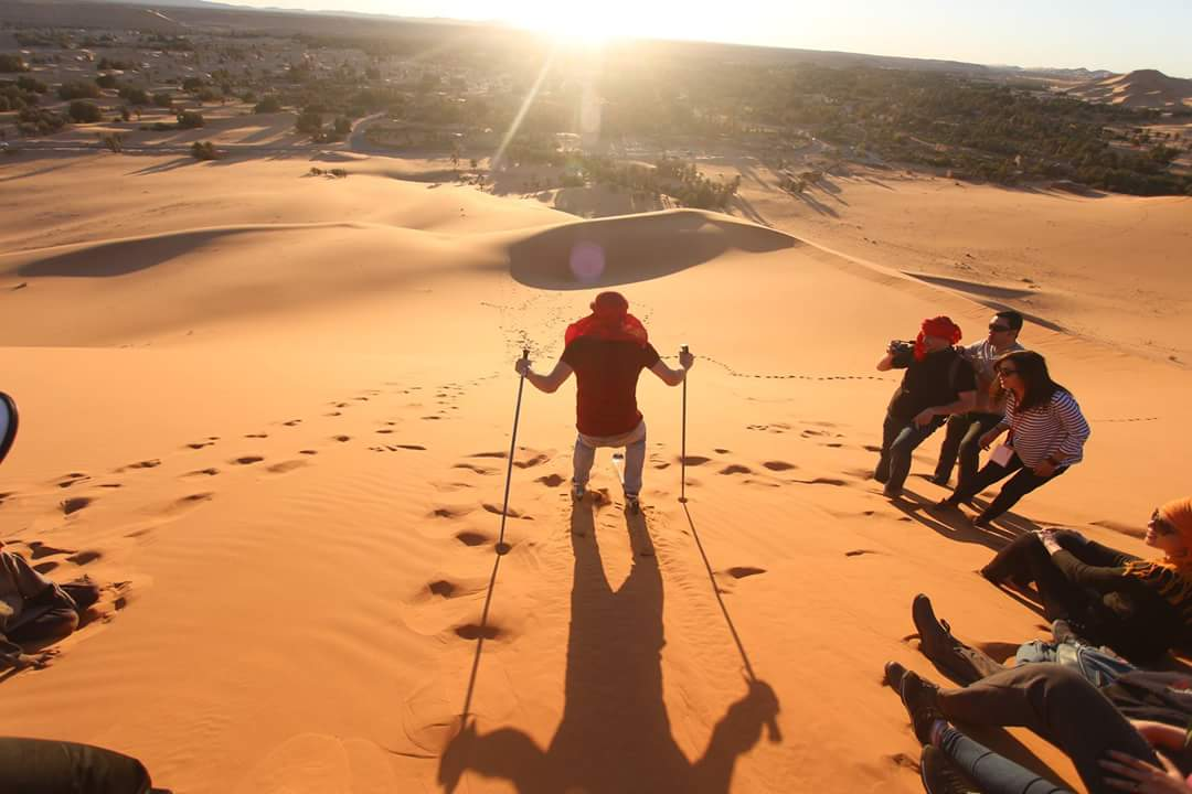"Discover Algeria on Twitter: ""Taghit, Béchar◇Algerian Sahara #Algérie # Algeria #Alger #Algiers #Travel #NaturePhotography #photography #Tourisme  #Voyage #paysage #south #Desert #Nature #DiscoverAlgeria #Picture #Sahara  #Aventure #Soleil #Tourism ..."