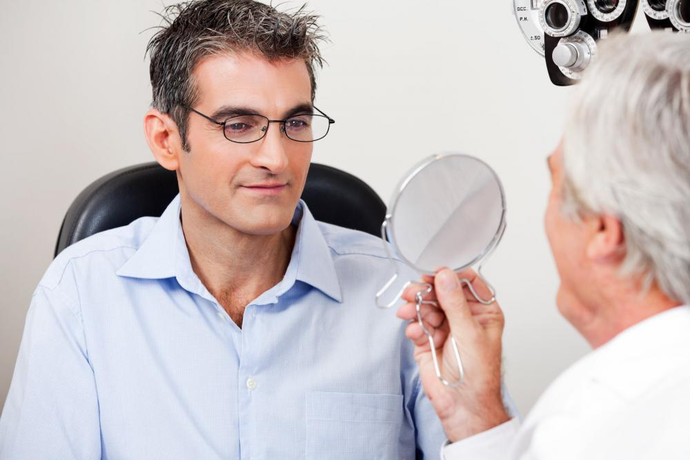 Regardless of your age or physical health, it&#39;s important to schedule #EyeExams. When was your last #VisionCheckup?  http:// qoo.ly/jbij4  &nbsp;  <br>http://pic.twitter.com/IvEi5e6SUo