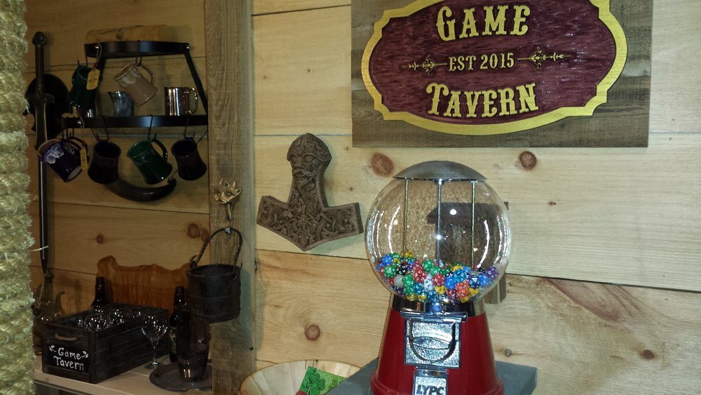 #dnd tip: for some fun game room decor, fill a gumball machine with D20s. It&#39;s a great conversation piece and chronic 1 rollers will love you for it! #tabletop #rpg #gametavern<br>http://pic.twitter.com/AbxUiH1JXh