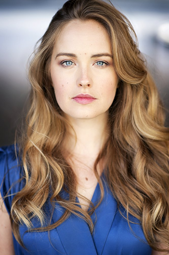 #Actress Emma Griffin was born in December 18, 1989 #Actress of #HomeandAway <br>http://pic.twitter.com/U2PobQX7GW