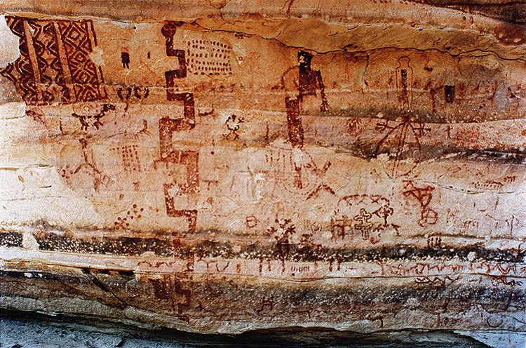 The principal panel at El Buey rock shelter in #Bolivia is dominated by a large stylized #serpent - Anthropomorphs, figures of cuadrupeds, as well as numerous geometric or #abstract #designs are represented.  http://www. bradshawfoundation.com/bolivia/el_bue y_los_andes.php &nbsp; …  #Archaeology<br>http://pic.twitter.com/g5DY2mX6hE
