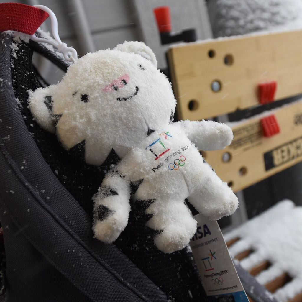This little one is secretly enjoying the snow here in Park City! #BMWWorldCup #sliding2pc18 #mascotte #pyeongchang2018  http:// ift.tt/2hGBDdB  &nbsp;  <br>http://pic.twitter.com/mt8SVQWCJZ