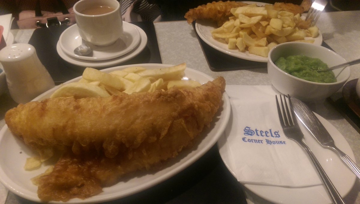 You can&#39;t beat @SteelsRest for fish and chips says @daveingrimsby. #FISH. #Grimsby #GTFC<br>http://pic.twitter.com/SeLTo8nJFE