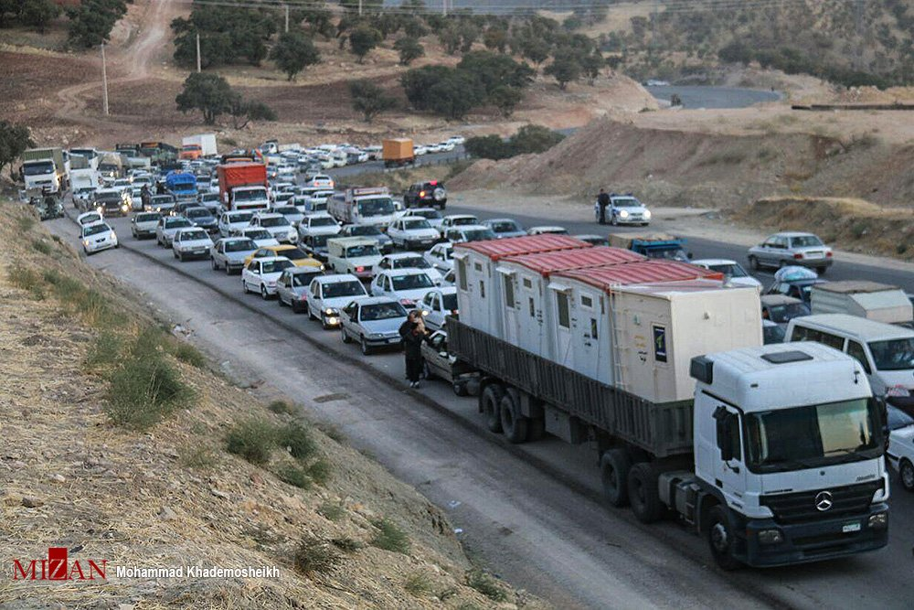 Some of Pro-Barzanis #Zionists  milking from  #iranEarthquake , spreading their lies                              S T O P          L Y I N G            Z I O N I S T  .  Crowd in #Kermanshah &#39;s road for delivering aid to dear  #Kurds .   #TwitterKurds #Iran<br>http://pic.twitter.com/ikSzKdXGz0