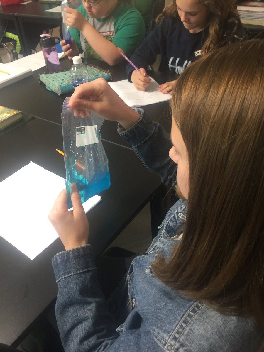 We got to explore with mucus today. The kids loved this activity and learned a lot about the thick and sticky mucus that individuals with Cystic Fibrosis have in their body. #Genetics #Mutations #MucusNotSlime<br>http://pic.twitter.com/SWqv7pygaA