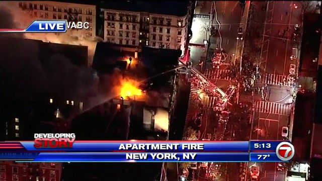 #DEVELOPING: 170 firefighters battle fire in 6-story NYC apartment building  http:// wsvn.com/news/us-world/ 170-firefighters-battle-fire-in-6-story-nyc-apartment-building/ &nbsp; … <br>http://pic.twitter.com/SGDOBAEjcf