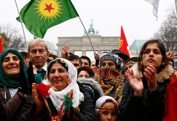 Criminalizing Our People: Social Impacts of the PKK Ban #TwitterKurds #Racism #Turkey #Kurds #Europe  http:// bit.ly/2zKFPjt  &nbsp;  <br>http://pic.twitter.com/H5jv7cVlEd