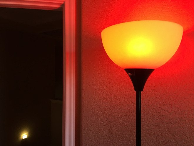 Review: @LIFX Mini takes on Philips with #Apple #HomeKit https://t.co/KZYkxUqofw