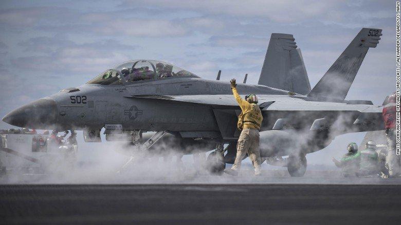 RT @CNN: The US Navy admits an aircrew drew a penis in the sky https://t.co/unxKiCwOLa https://t.co/xUxNLTlFVu