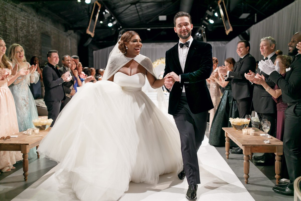 Serena Williams and Alexis Ohanian's Wedding Album! https://t.co/f9ANluoy0v