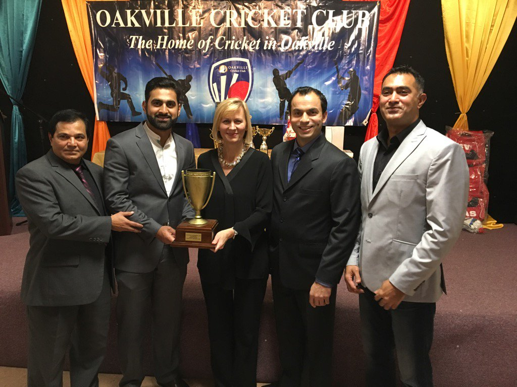 Pleased to present #MaxKhan Trophy to #Oakville #Cricket Club at the annual awards night. Congrats on a great season!