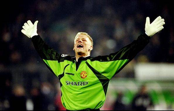 Happy Birthday to goalkeeping legend, Peter Schmeichel... if you think he\s the greatest PL goalkeeper ever!