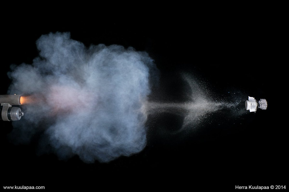 RT @koburou: ショットガンの射撃描写で おっぱげるほど参考になるページ発見した。 ありがたやありがたや・・・。 https://t.co/oetWFRihfO https://t.co/Ews1UsifPo