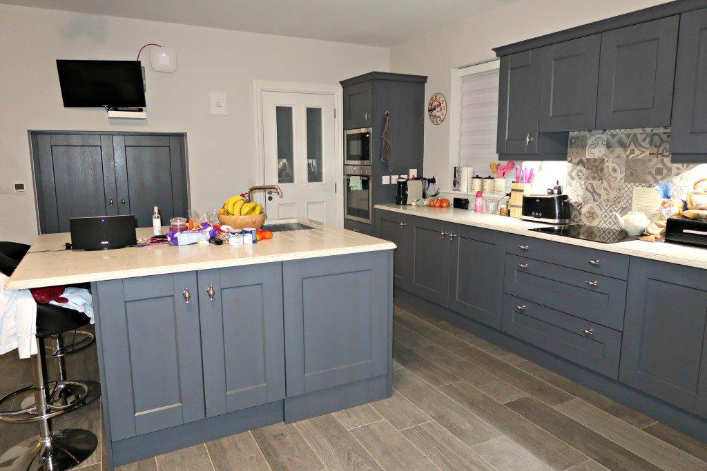 Take a tour around our kitchen. #interiordesign #homedecor  http:// dld.bz/grn7R  &nbsp;  <br>http://pic.twitter.com/E5JxGiTp3y