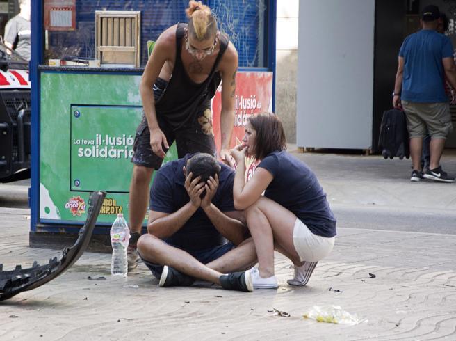 La mente dell'attentato di Barcellona «era informatore degli 007 spagnoli» | Foto https://t.co/1K9sOWiOpA