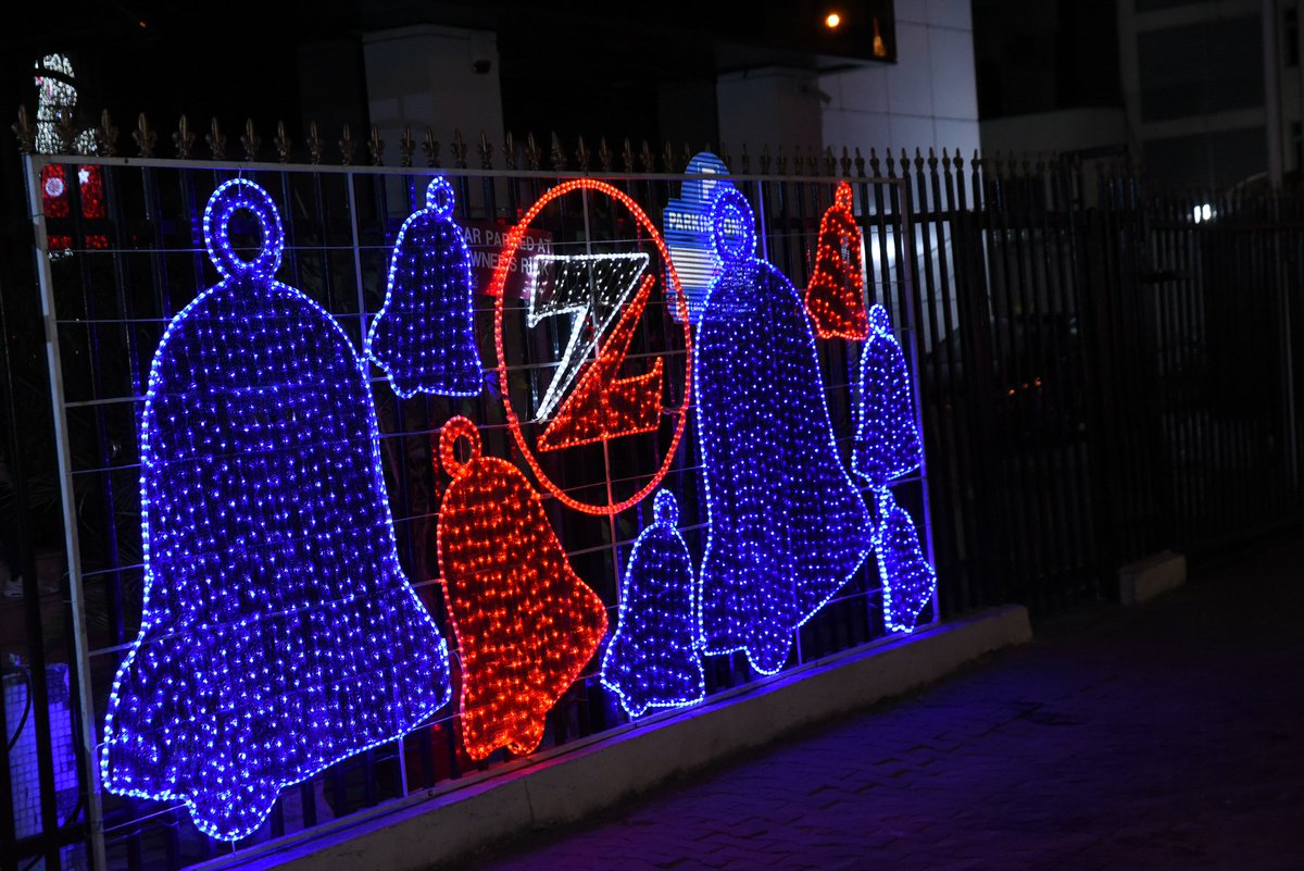 you know christmas is close when zenith bank lights up ajose adeogun street in victoria island lagos please rt - Neon Christmas Lights