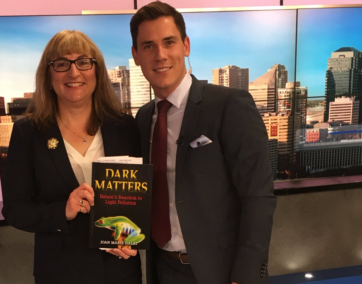 Thanks @JonGlasgowCTV for helping spread the news about the importance of reducing #lightpollution and talking about new children's book for kids who care about wildlife: Dark Matters.  http:// tinyurl.com/y8kp36lk  &nbsp;   #yegwrites @RedDeerPress #astronomy #ecology #Alberta #books #kidlit<br>http://pic.twitter.com/GqIEtSz6A4