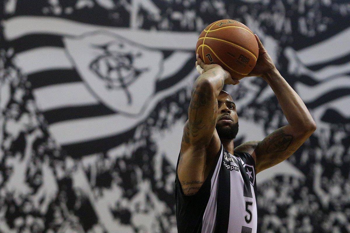 Final do segundo período! 🏀🔥  Botafogo 37 x 31 LSB  Jamaal é o destaque do jogo até agora, com 10 pontos, dois rebotes e duas assistências.  #FogoNoNBB  #Jamaal #NoutrosEsportesTuaFibraEstáPresente