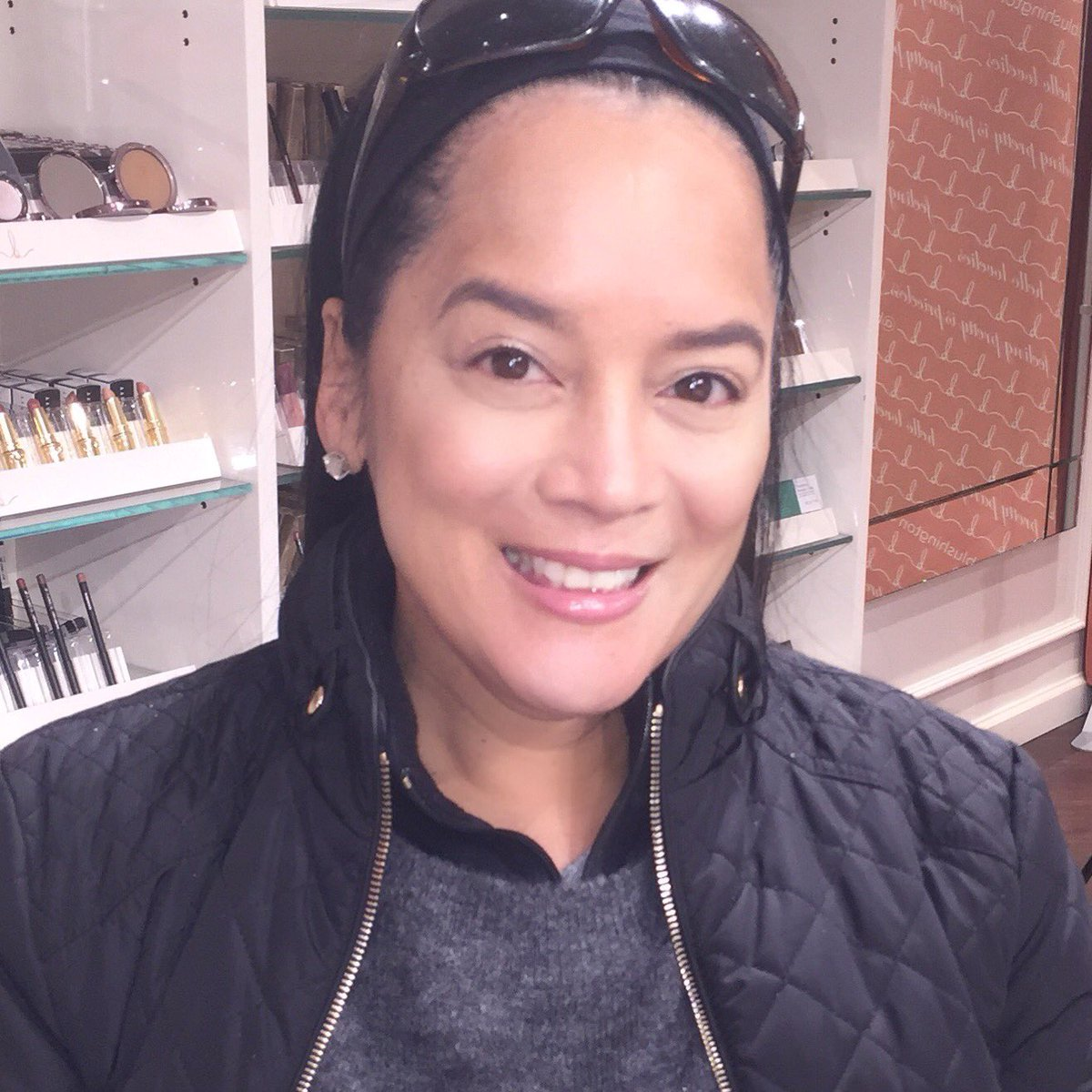 Listen with your gut, not your head.  Sanford Meisner #actress #actress #actorslife #acting #classes today #studentlife #student #makeup by #blushington #Alanis #nofilter<br>http://pic.twitter.com/AWnim73C5M