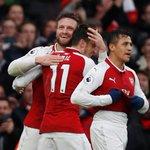 RT @InfosFuteboI: FIM DE JOGO! Arsenal 2x0 Tottenh...