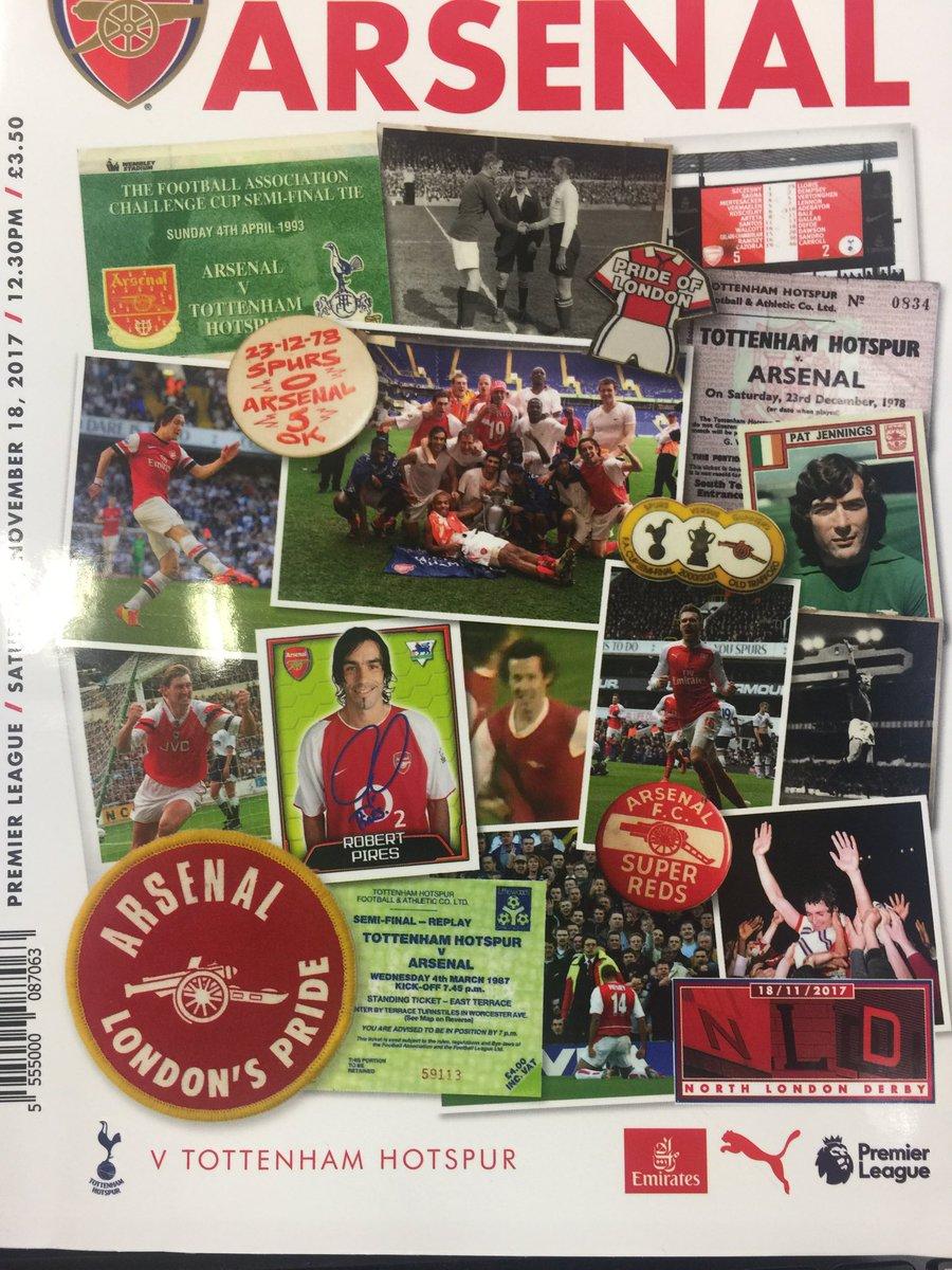 Jour de derby dans le nord de Londres. Avec, à la une du programme, l'autographe de Pires, Henry à genoux, et la vignette d'une idole, l'immense Pat Jennings.