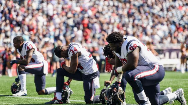 WATCH: Country singer mocks NFL protests in new song: 'Take a knee – my ass!' https://t.co/IUSRgj7KmS https://t.co/yekpHW3C91