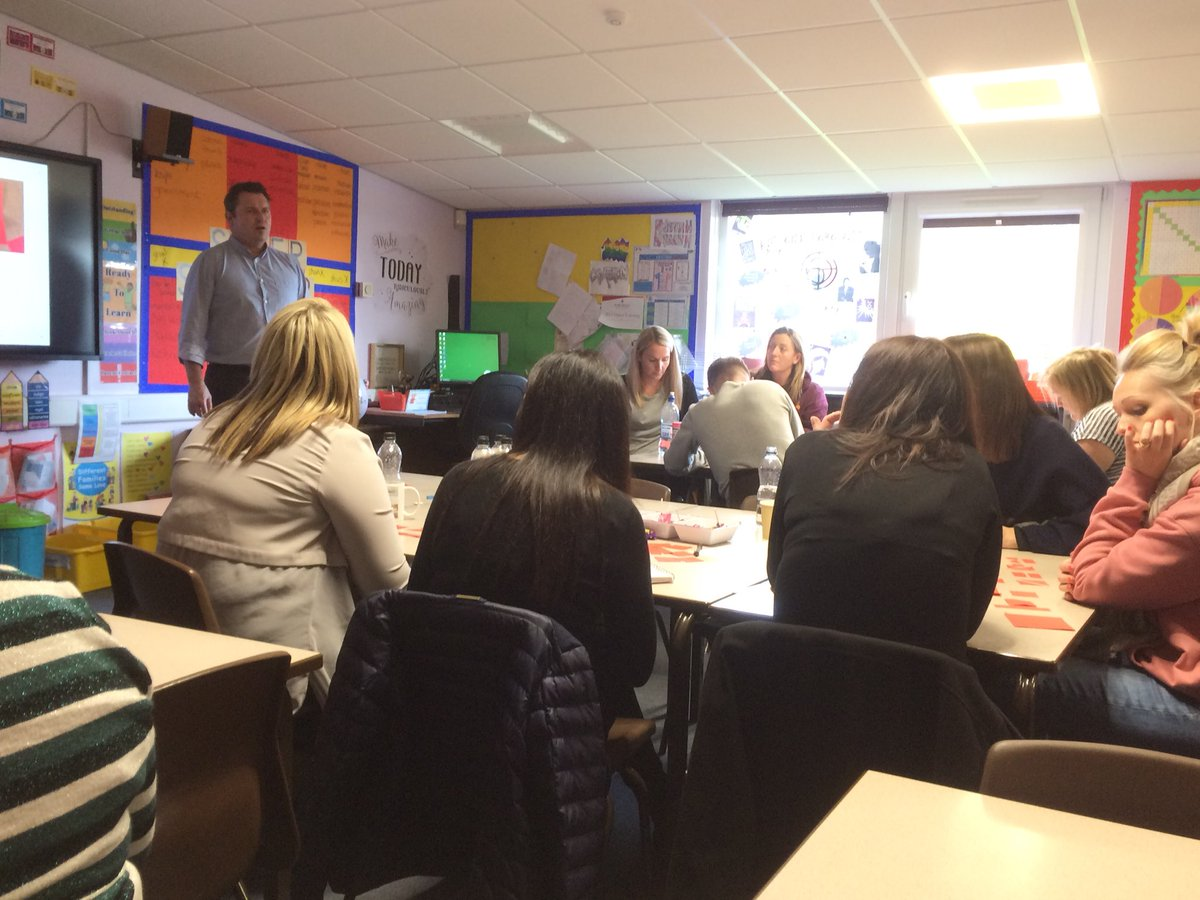 Great Saturday training session with @MathsNoProblem Lots of learning and lots of fun. #Garswood #StHelensFirst #greatteam #workingtogether<br>http://pic.twitter.com/S0UDf7v0lH
