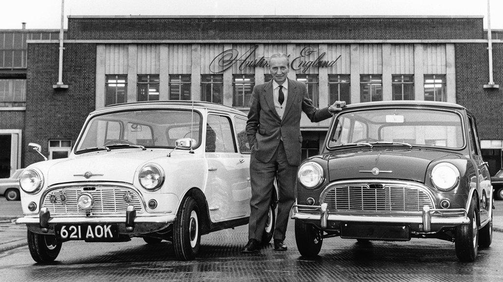 今日は、初代Mini をデザインした天才クリエイター、アレック・イシゴニス(1906~1988)の誕生日。 時代のニーズにマッチした斬新な機能とデザインを持ったMini は、発売当初から注目され、現在まで愛され続けています。