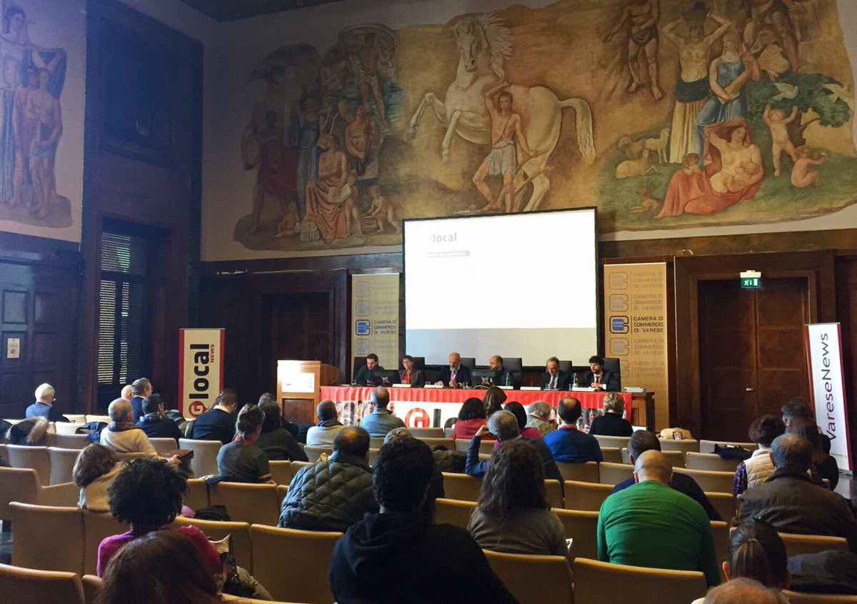 With @Senficon @sanchezdelreal and @rainisio at @festivalglocal in Varese discussing #copyright reform impact for online publishers in Italy @ansoit @varesenews #savethelink<br>http://pic.twitter.com/xUVQBdiFz5