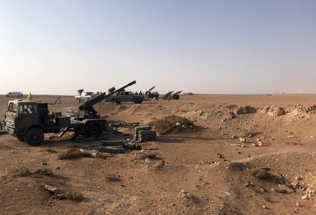 العراق يعيد للخدمه مدفعيه D-30 عيار 122 ملم محموله على الشاحنات  DO6VpMMWAAE0Cei