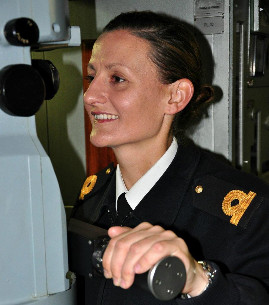 Ara San Juan, el ahora olvidado submarino Argentino desaparecido con 44 tripulantes a bordo DO6ZLgsXcAAdhvD