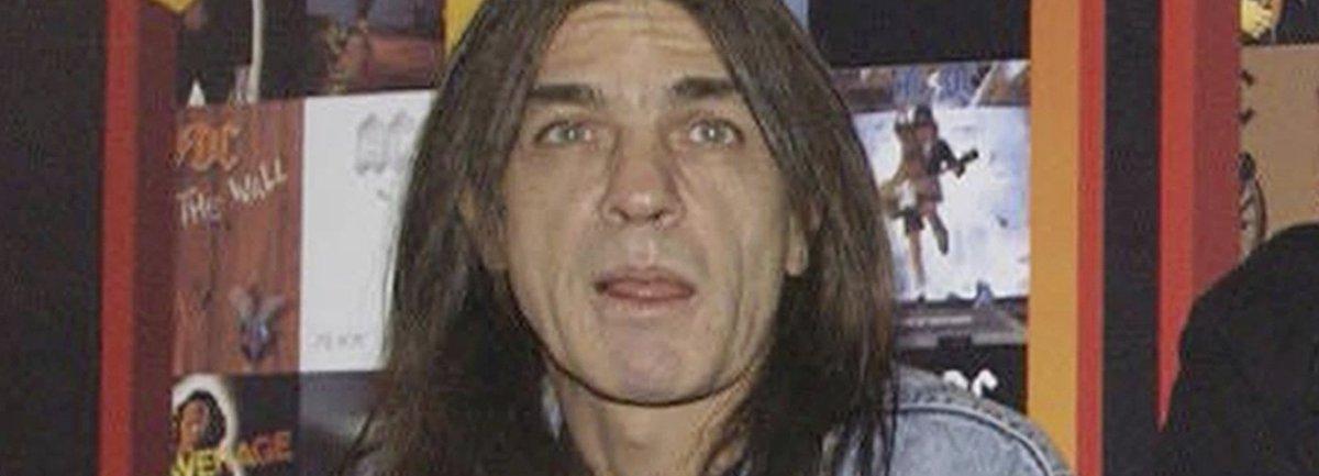Malcolm Young, co-fondateur du groupe AC/DC est décédé https://t.co/Oieqtmxvo5