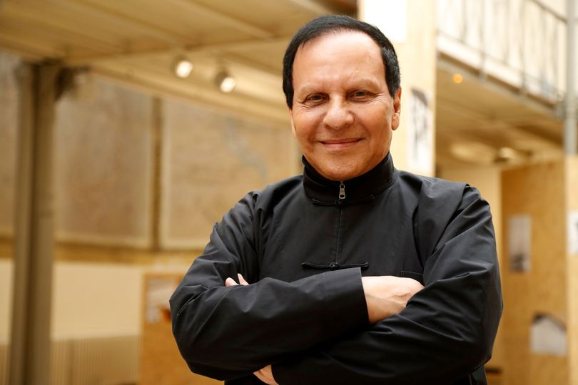 The fashion world mourns the death of Azzedine Alaia - https://t.co/SVozL9XIUr